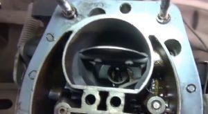 Карбюратор бензинового двигуна